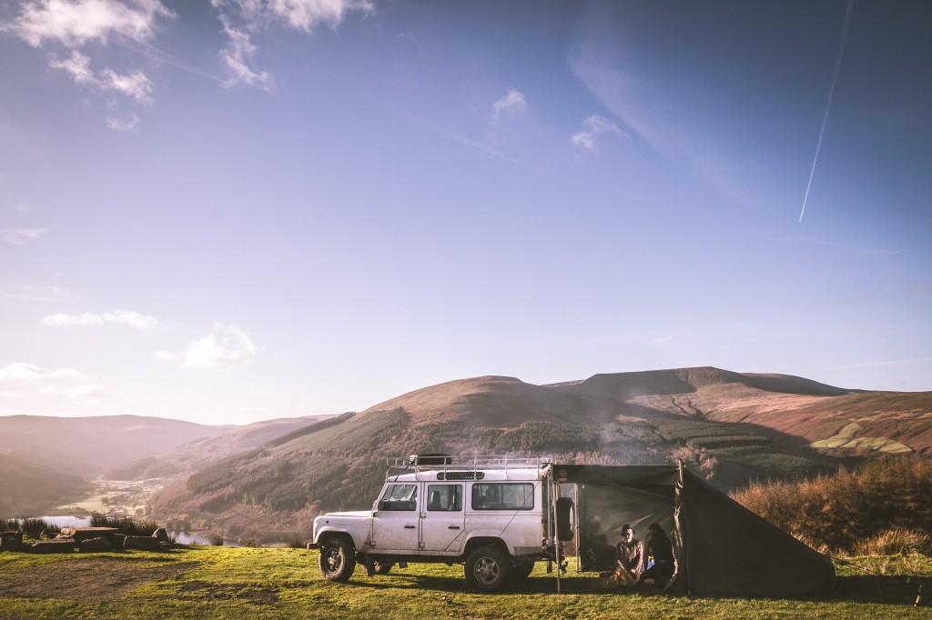Wild Canvas Land Rover Camp