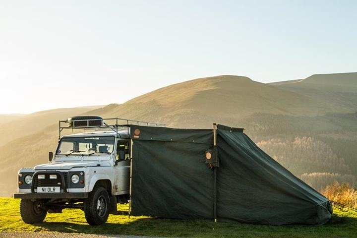 Land Rover Campfire Tent closed up